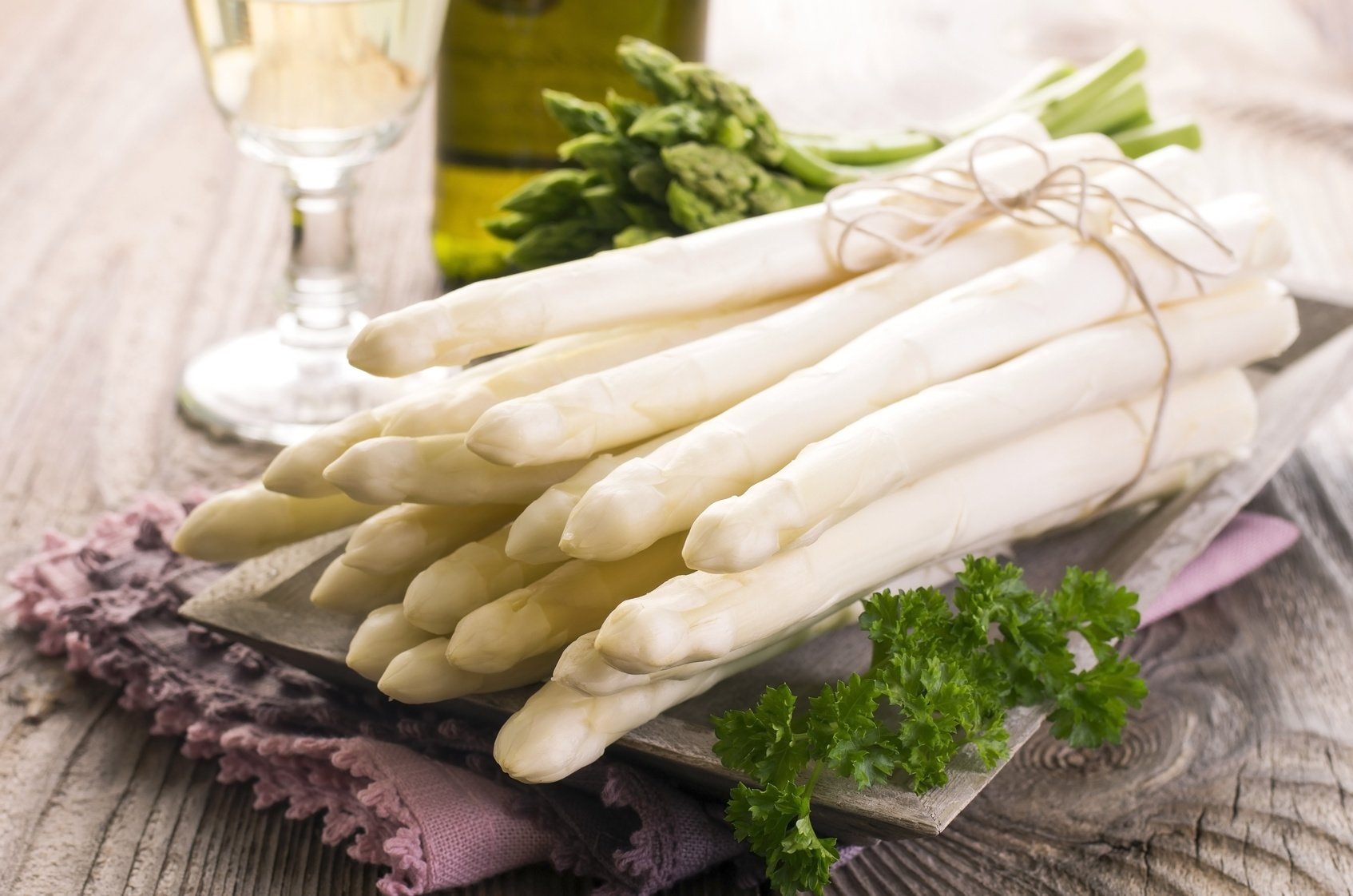 Esparragos blancos con mahonesa